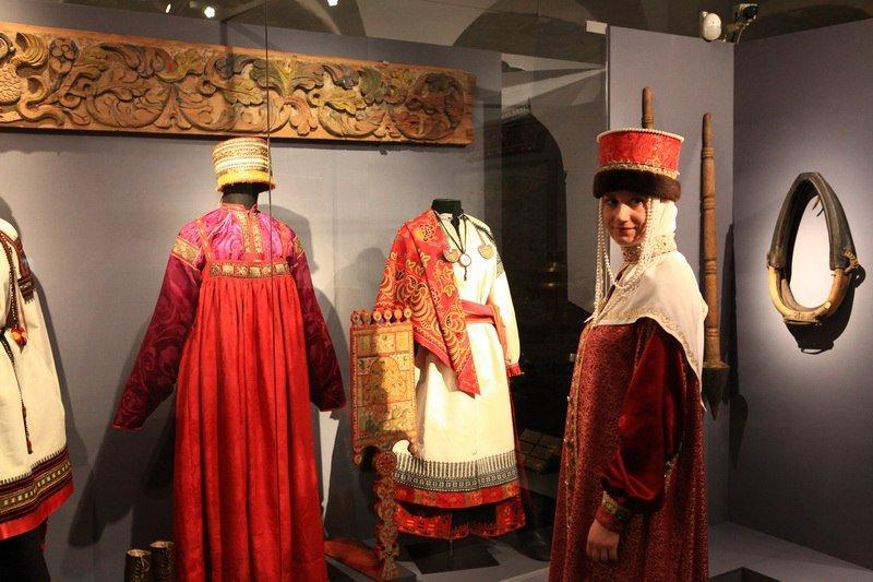Выставка «Загляни всокровищницу музея»