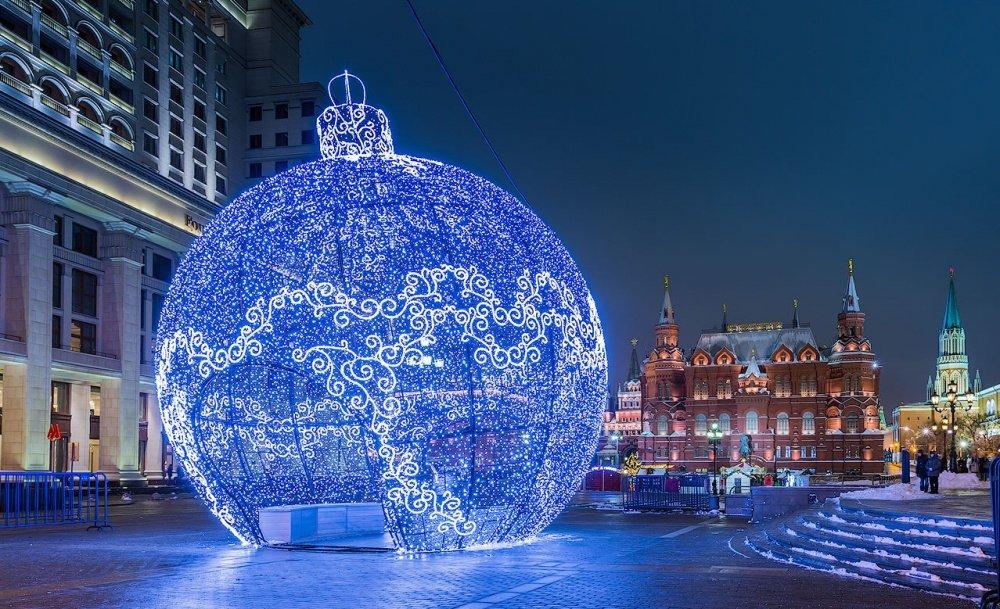 Автобусная экскурсия «Огни новогодней Москвы»