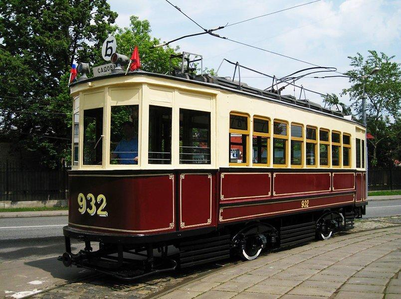 Праздничный парад трамваев 2016