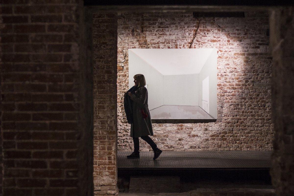Выставка «Любовь ксебе среди руин»