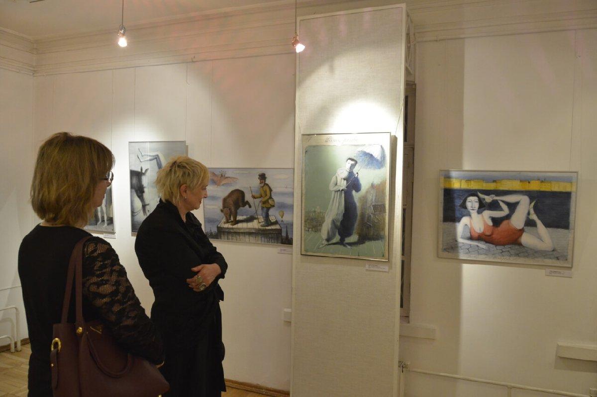 Выставка «Городские мистерии»