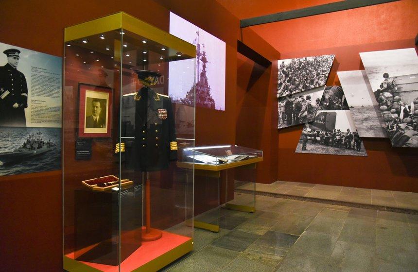 Выставка «Второй фронт»