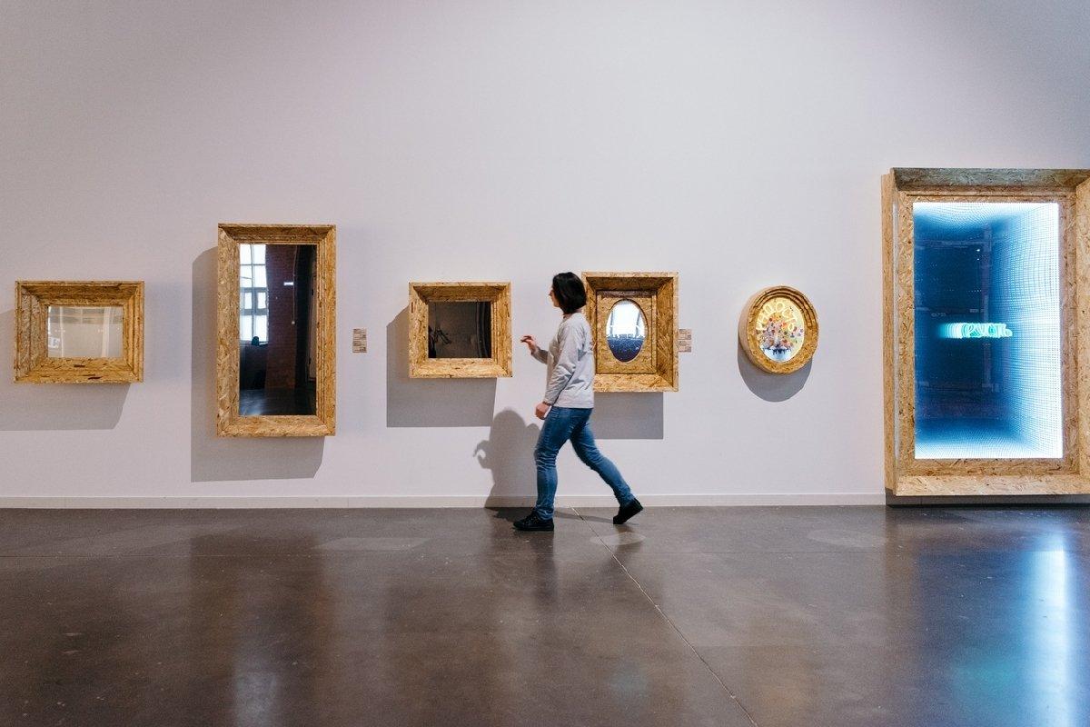 Выставка «Игра сшедеврами: отАнри Матисса доМарины Абрамович»