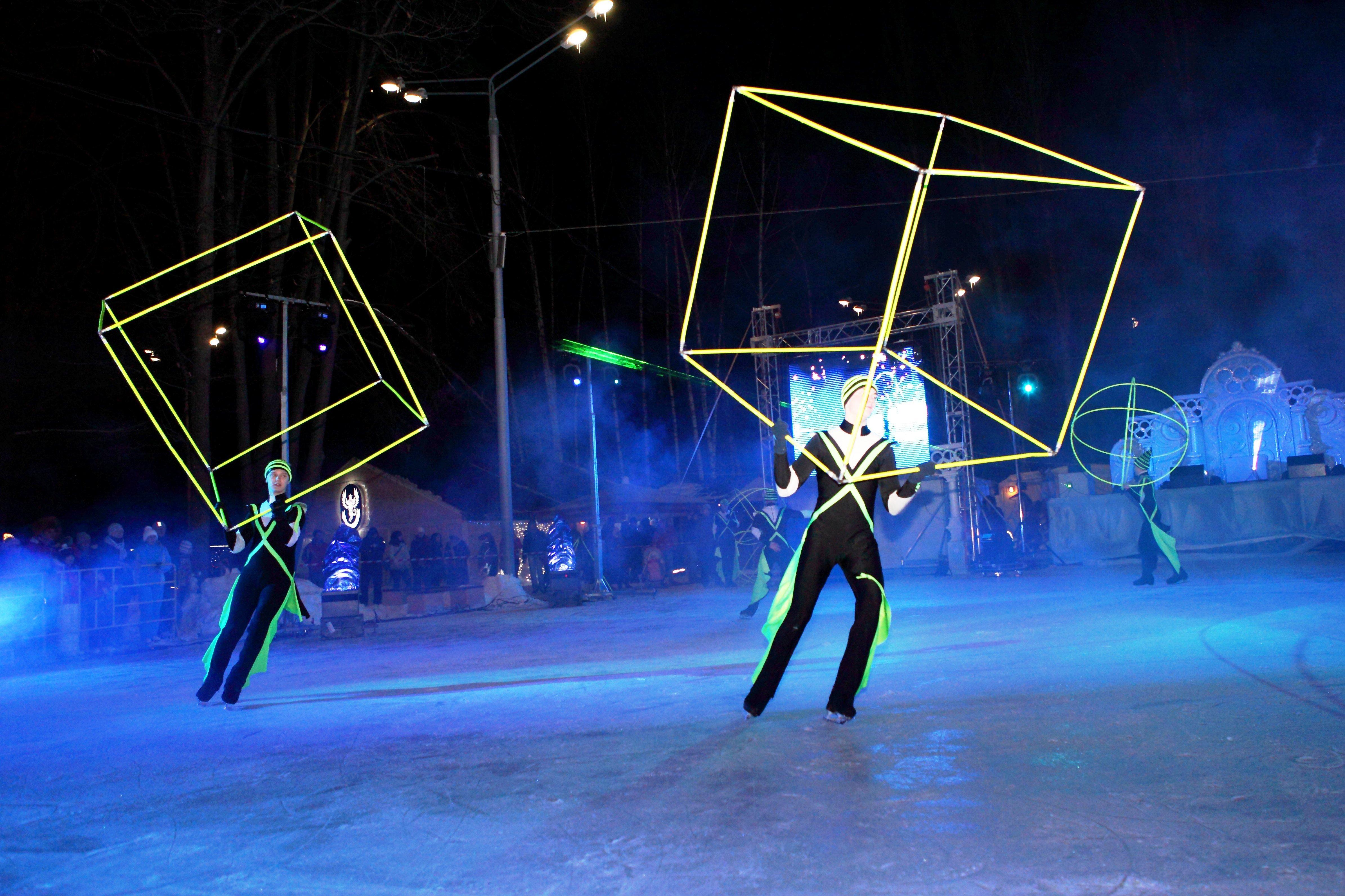 Новогодние праздники вИзмайловском парке