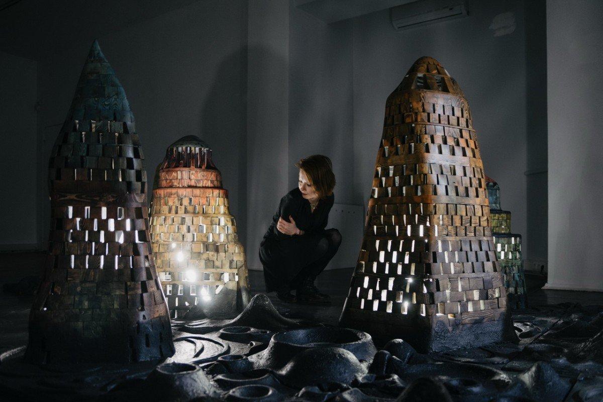 Выставка «Обратная сторона Луны. Георгий Острецов»