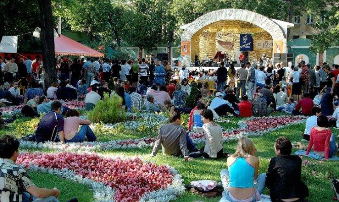Фестиваль «Джаз вСаду «Эрмитаж» 2015