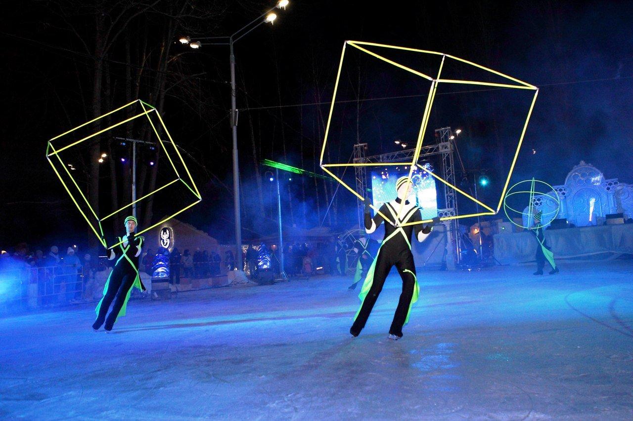 Открытие зимнего сезона вИзмайловском парке 2015
