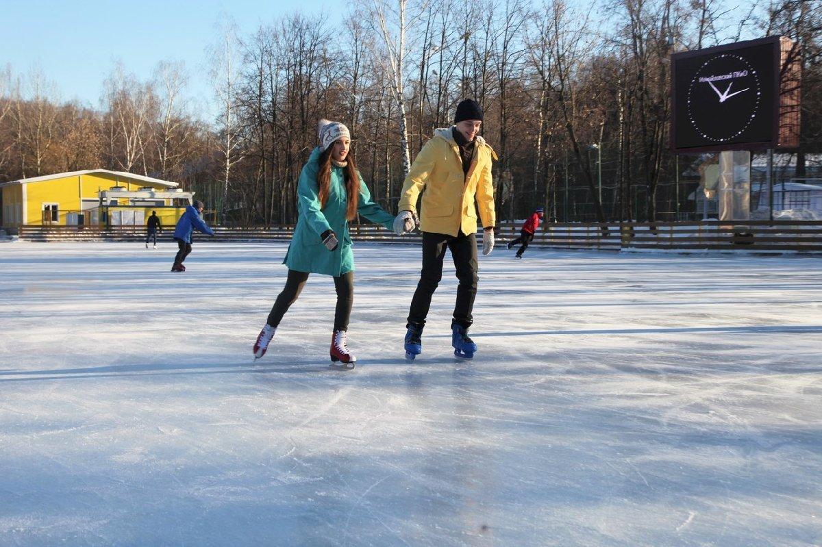Каток «Серебряный Лед» вИзмайловском парке 2020–2021