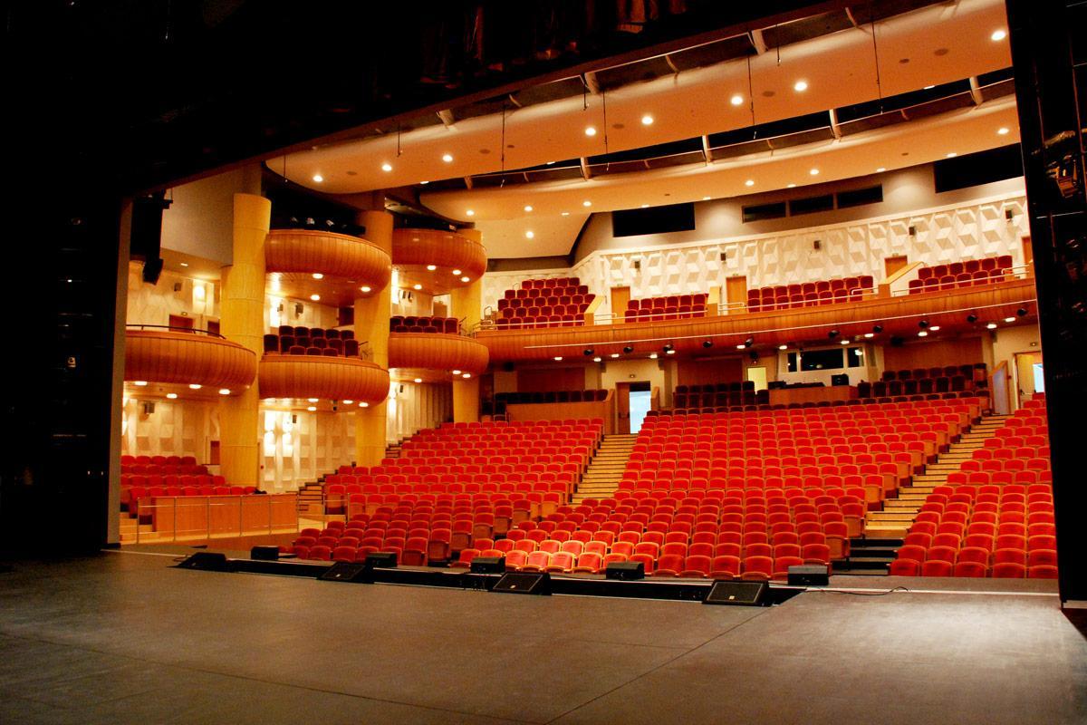 Театр бабкиной москва официальный сайт афиша на цены на билеты в театры омска